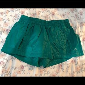 Gap Fit running shorts with pockets.